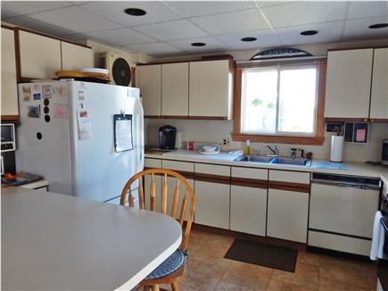 Bourne, Monument Beach Cape Cod vacation rental - Sunlit kitchen .....