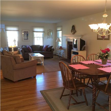 Eastham Cape Cod vacation rental - You're in the ''pink'' with this house.