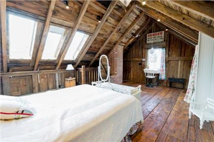 Chatham Cape Cod vacation rental - Upstairs bedroom with queen bed