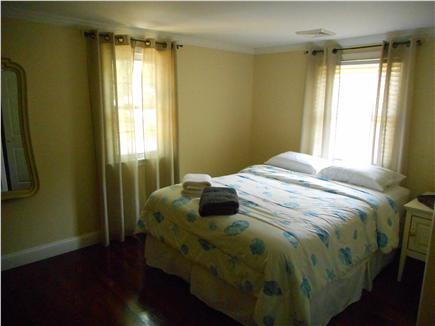 Centerville, Barnstable Centerville vacation rental - A cozy and comfortable guest bedroom featuring a Queen Bed.