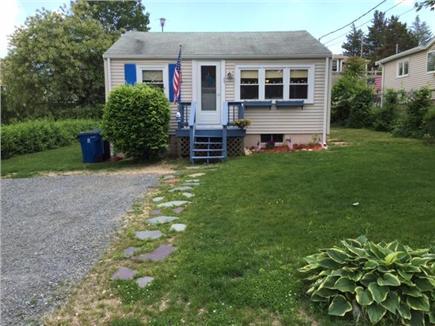 Manomet, White Horse Beach Manomet vacation rental - New doors and windows new deck paint. off street parking!