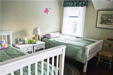 Chatham Cape Cod vacation rental - Bright spacious bedroom with two twin beds