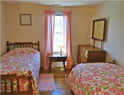 Yarmouth Cape Cod vacation rental - Twin bedroom upstairs