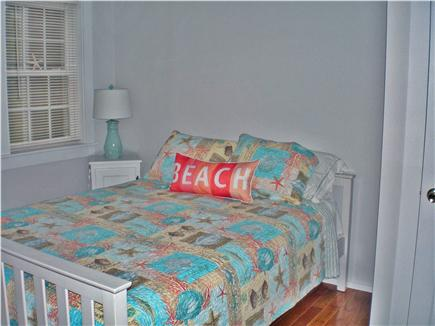 Centerville, craigville Centerville vacation rental - 2nd bedroom w queen bed