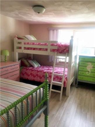 Gray Gables, Bourne, MA Cape Cod vacation rental - Girls bedroom sleeps 3/4