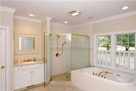 Brewster Cape Cod vacation rental - 1st Floor Master Bath w/ Jetted Tub