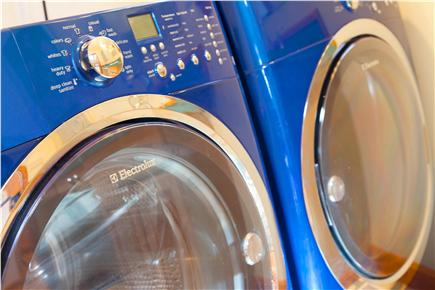 Harwich Port Cape Cod vacation rental - Laundry