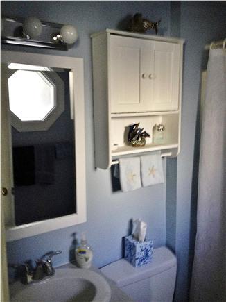 Provincetown Cape Cod vacation rental - Second floor bathroom