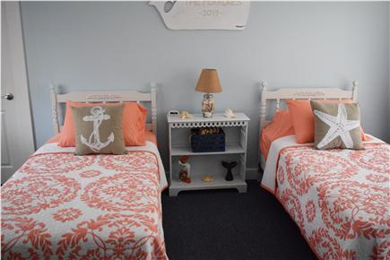 Barnstable, Coast of Hyannis Cape Cod vacation rental - 2nd Bdrm has twin beds, air conditioning, new led tv,dvd and PS2