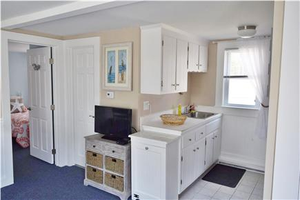 Barnstable, Coast of Hyannis Cape Cod vacation rental - Fully equipped kitchen with a fridge, oven, microwave and sink.