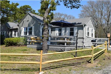 Barnstable, Coast of Hyannis Cape Cod vacation rental - Cozy cottage only 150 feet from the beach.