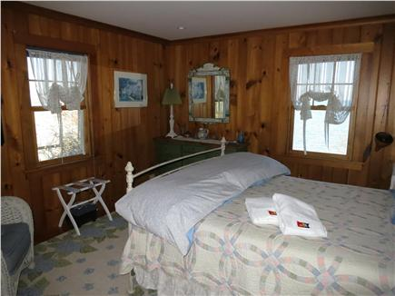 Brewster Cape Cod vacation rental - Queen bed on first floor