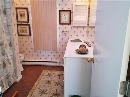 South Wellfleet Cape Cod vacation rental - Full bath