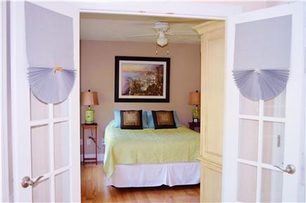 Bayside of Eastham Cape Cod vacation rental - Main floor queen bedroom