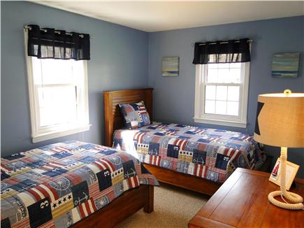 Dennis Cape Cod vacation rental - Twin bedroom adjacent to sitting room
