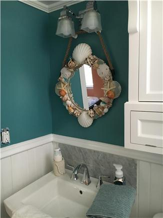 Dennisport Cape Cod vacation rental - 2nd Floor bathroom