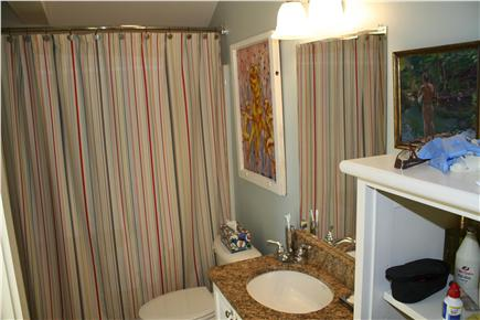 Provincetown Cape Cod vacation rental - Full bathroom