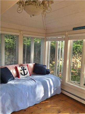 New Seabury, Mashpee New Seabury vacation rental - Trundle bed with pop-up to make a king size or 2 twins