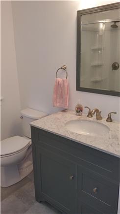 Harwichport Cape Cod vacation rental - Upstairs en suite master bath