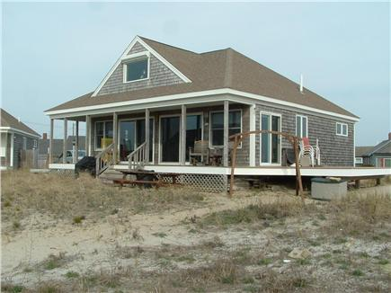 Truro, Shore Road Route 6A North Trur Cape Cod vacation rental - Front view of house