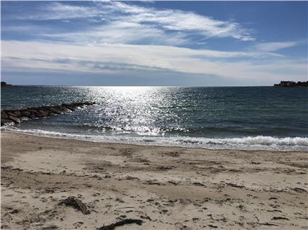 N FALMOUTH Cape Cod vacation rental - New Silver Beach is just 1/2 mile away
