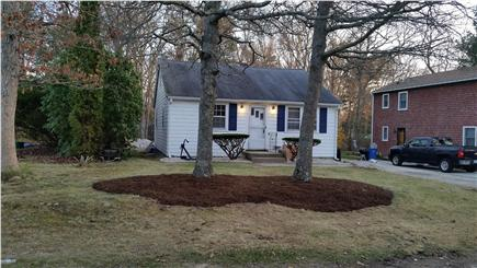 Falmouth Cape Cod vacation rental - 3-Bedroom home w/AC & private community beach nearby