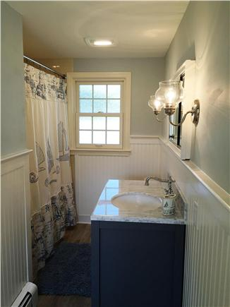 Chatham Cape Cod vacation rental - Guest full bath