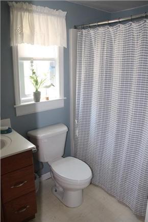 Eastham Cape Cod vacation rental - Full bathroom