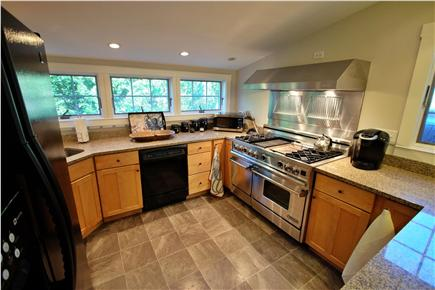 Provincetown Cape Cod vacation rental - Gourmet kitchen featuring a Viking stove and granite counter tops