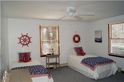 Chatham Cape Cod vacation rental - First floor bedroom with two twin beds