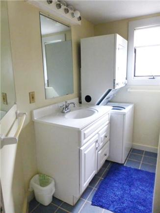 Dennis Port Cape Cod vacation rental - Upstairs Bathroom