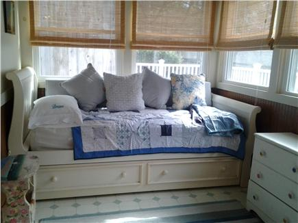 Cotuit Cotuit vacation rental - Trundle Bed on Back Porch