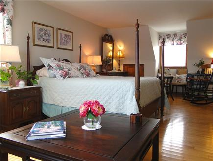 Kingston MA vacation rental - Gorgeous Master with sitting area, bath, skylight and ocean views