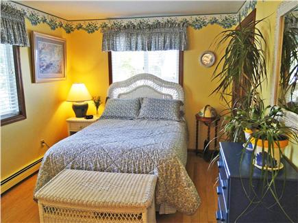 Kingston MA vacation rental - First floor bedroom with adjacent bathroom - double bed