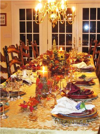 Barnstable, Cummaquid Cape Cod vacation rental - Light & spacious dining area seats 12