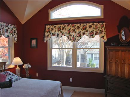 New Seabury/Popponesset New Seabury vacation rental - Spacious King  Bedroom with vaulted ceiling
