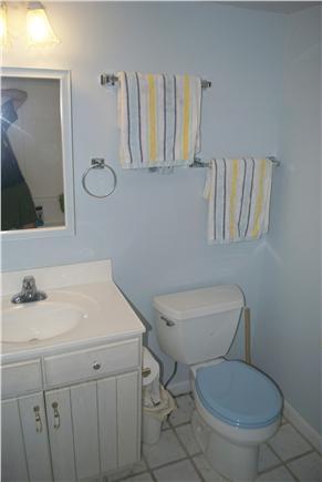 South Yarmouth Cape Cod vacation rental - Bath