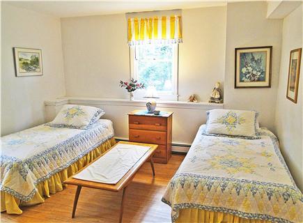 Chatham, Ridgevale Beach Cape Cod vacation rental - Twin bedroom downstairs, adjacent to bathroom