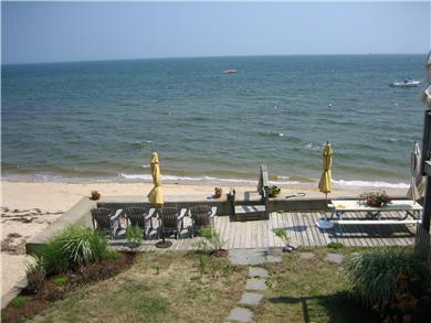 Provincetown Cape Cod vacation rental - Picnic right on the water.