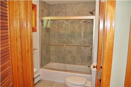 Wellfleet Cape Cod vacation rental - Second Bath