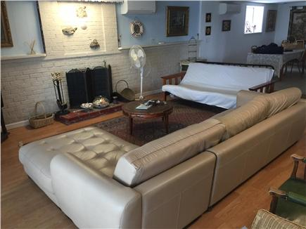 Plymouth, Manomet MA vacation rental - Comfortable downstairs living room