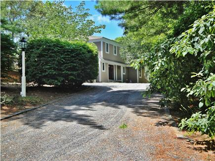 New Seabury (Mashpee) New Seabury vacation rental - Private driveway to secluded home parks 5+ cars