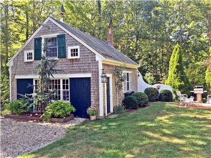 Yarmouthport historic 6A Cape Cod vacation rental - ''The Barn'' (rumpus room and queen size sofa bed)