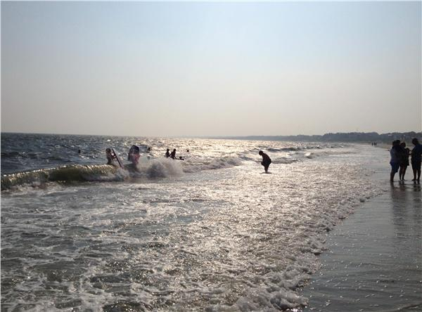 http://images.weneedavacation.com/images/photos/bank-street-beach-harwich-bank-street-beach.jpg