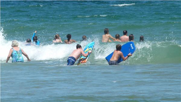 http://images.weneedavacation.com/images/photos/harwich-24140-east-coast-guarg-beach-(8).jpg