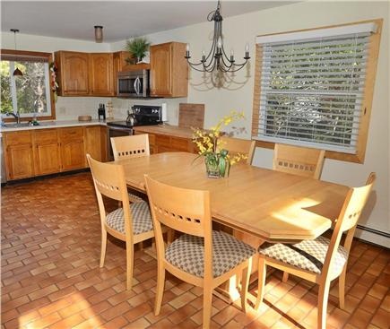 Katama - Edgartown Martha's Vineyard vacation rental - Bright fully equipped kitchen, all new stainless steel appliances