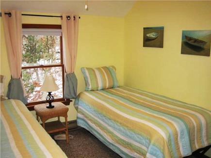 Edgartown Martha's Vineyard vacation rental - The Yellow Bedroom