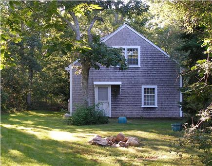 West Tisbury Martha's Vineyard vacation rental - One bedroom apartment over two car garage.