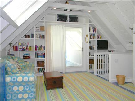 Katama - Edgartown, Edgartown Martha's Vineyard vacation rental - Upstairs sitting room: TV, DVD, Game Cube, Board Games,Books