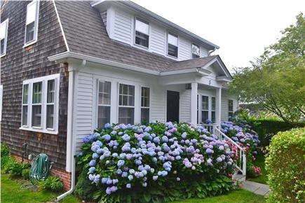In Town Edgartown Martha's Vineyard vacation rental - Front of House